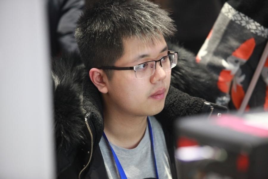 [图赏] WCA2015线下总决赛第二日DOTA2项目选手图赏